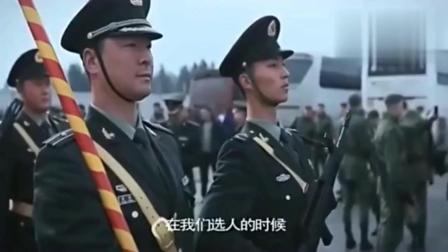 看看中国军队在国外的威武, 中国军人经过, 俄罗斯军人自动让路, 为中国军人鼓掌!