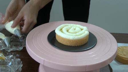 业余吃货闲来无事, 做个4寸蓝莓果酱夹心的芒果奶油裸蛋糕来吃