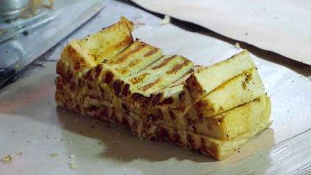 印度尼西亚路邊小吃多士面包加果子果酱和巧克力和乳酪, 印度尼西亚美食