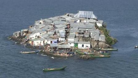 世界上最拥挤的小岛, 为什么人们宁愿挤在一起也不愿意搬走?