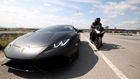 男子骑摩托VS兰博基尼! 弯腰跑不赢, 无奈开启第二种形态!