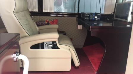丰田考斯特改装商务车房车内饰改装办公桌椅航空座椅地板软包