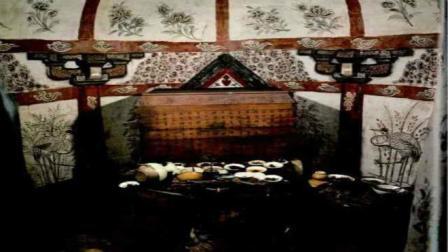 1993年专家进入千年古墓, 发现一桌饭菜, 墓上竟刻有这12个大字