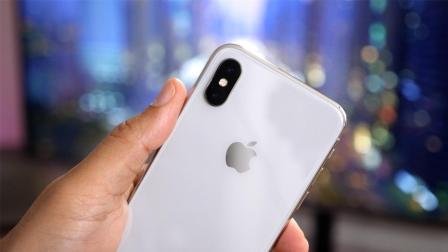 iPhone XR卖不动了? 苹果暴砍25%产能