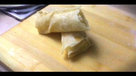 女朋友做了一道香蕉脆饼 香脆爽口 一个根本不够吃