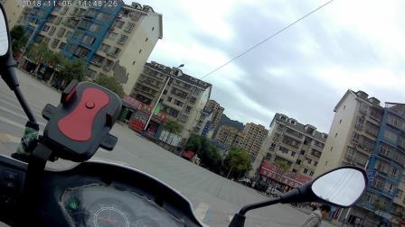摩旅骑行穿梭在城市之间游荡 四寸土日常记录