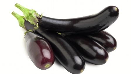 炒茄子总是发黑? 学会这招, 炒出来的茄子不仅好吃还不发黑