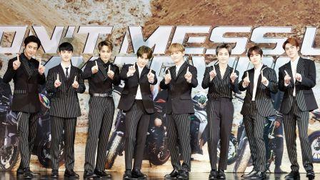 EXO正规5辑夺专辑榜一位 王者归来人气爆棚