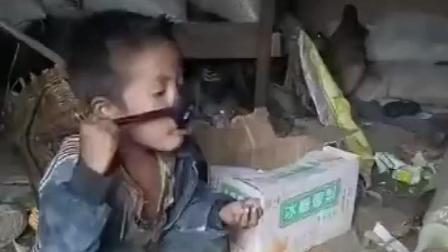 贫困山区里的孩子, 看了让人心疼