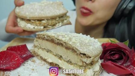 SAS小姐姐吃超大马卡龙蛋糕, 吃的声音好好听
