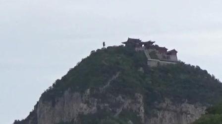 河南名胜旅游景点----焦作云台山茱萸峰