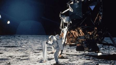 """美国发动""""阿波罗计划"""", 并非是为了科学实验"""