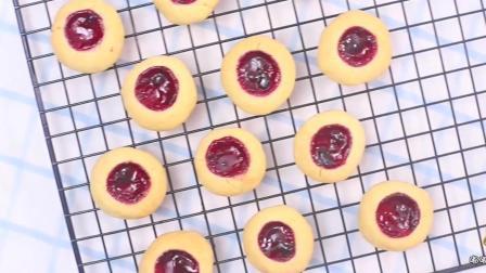 教你一种最简单的烤箱甜品做法, 味道比外面买的还好吃100倍!