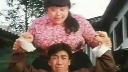 """甄子丹处女作《笑太极》: 戏耍肥肥沈殿霞一顿""""""""胖""""""""揍"""