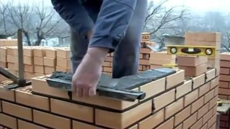 外国泥瓦匠砌墙, 强迫症看着倒是舒服, 就是心里有点急!