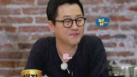 美食: 韩国艺人吃中国美食, 一个炒饭就让众人交口称赞, 听到价格很意外