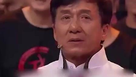 成龙节目中见到了他 瞬间落泪 就连曾志伟也没有忍住