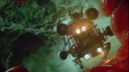 少男被人缩小钻入女友体内, 在这他发现了女友的大, 6分钟看科幻片《惊异大奇航》
