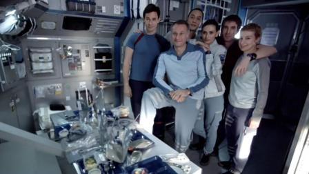 宇航员们有说有笑上太空, 为传回珍贵视频, 飞船故障, 全员牺牲!