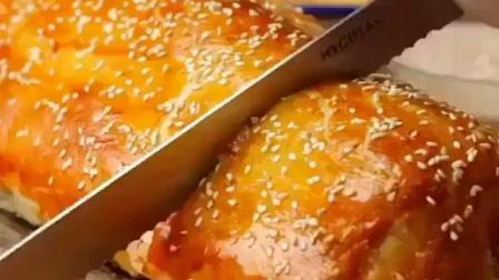 美味火腿肉松夹心面包的的制作方法, 看一眼就想吃个够!