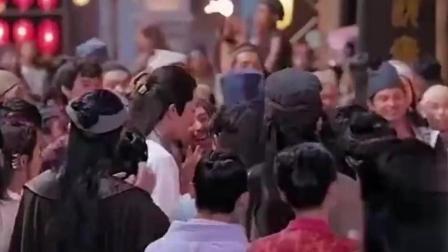 《楚乔传》宇文玥看到别人送星儿礼物 生气给她扔掉 看那吃醋的小表情!