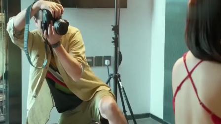 摄影师给美女拍私房照, 没想到云同步直接把照片上传到老婆手机上