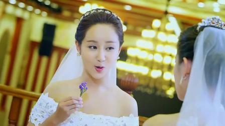 杨紫参加闺蜜个性婚礼 不禁想念起乔振宇 新唐伯虎点秋香真热闹