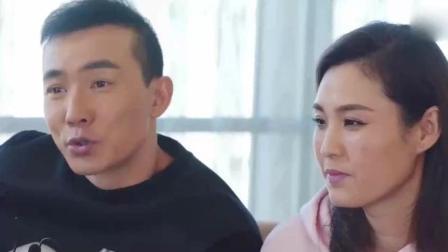 """刘畊宏带妻女助阵陈小春演唱会, """"山鸡哥""""看小泡芙眼神超宠溺"""
