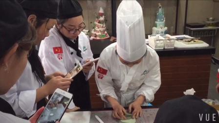 学蛋糕面包多少钱? 翻糖蛋糕教学 面包视频教程