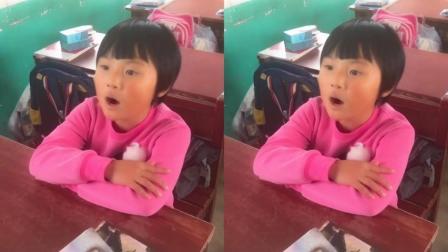 最近一位小学生翻唱《沙漠骆驼》火了, 没有声卡, 依然秒杀网红