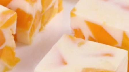 超简单小甜品, 芒果牛奶布丁!