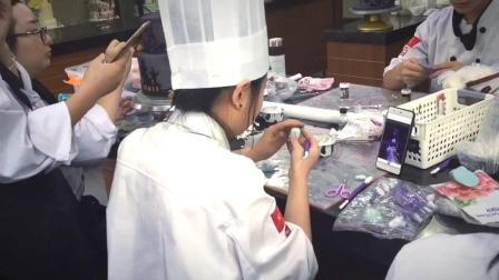 翻糖蛋糕培训班  面包教学视频Feihang school