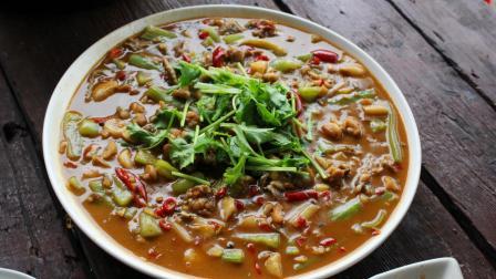 冬天来了牛蛙不要只做干锅了, 这样做更嫩更好吃, 大厨教你牛蛙新式吃法