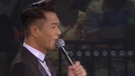 据说全中国最帅的男人是他, 唱的歌真的好听呀!