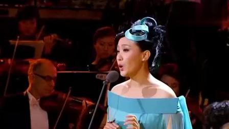 谭晶早期翻唱邓丽君的《漫步人生路》这粤语实在难唱了, 除了她没人能驾驭
