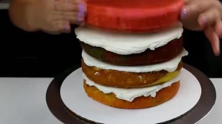 创意蛋糕, 美丽的花纹镜面蛋糕和五彩斑斓的蛋糕, 你喜欢哪个呢