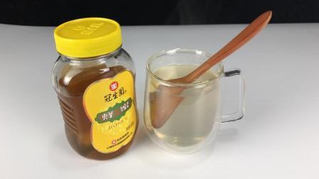 早上空腹可以喝蜂蜜水吗? 很多人一直都做错了, 快告诉家人和朋友