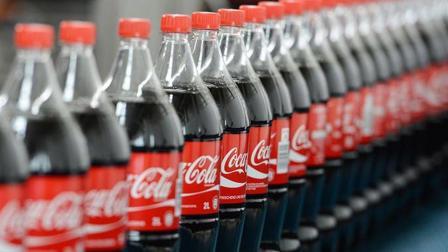 从小到大一直喝可口可乐, 这次看到了它生产过程感觉很好奇