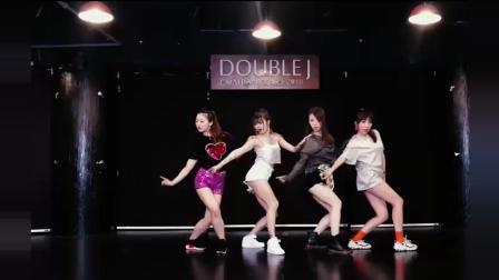 魅惑动感韩舞《DDU DU DDU DU》翻跳