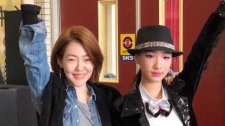 小S一天连发两个微博, 炫耀两个女儿获舞蹈比赛第一名, 真的厉害