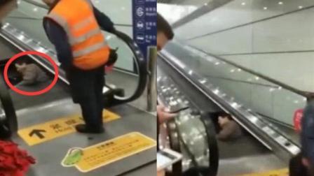 首都机场回应男子卡电梯:绕过围挡进入施工步道