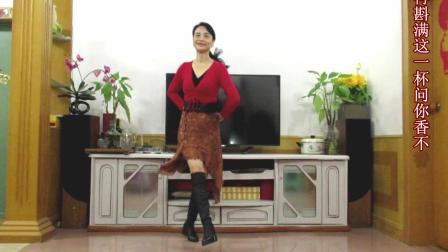 霞彩飞扬广场舞《火火的姑娘》    演唱:东方红艳       编舞:云裳