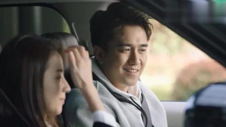 幸福一家人: 老板问下属怎么是他开车, 下属一句话老板乖乖开车