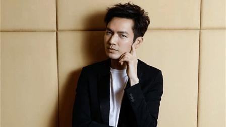 林志颖44岁, 何炅44岁, 钟汉良也44岁, 但却全部都比不上他44岁