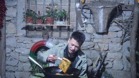 隐居深山, 豆腐究竟怎么吃最爽, 看小伙用豆腐做出不一样的美味