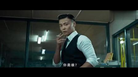影帝张晋, 不愧被称为西装暴徒, 打架有头发都不乱!