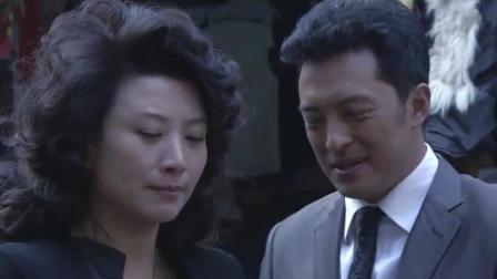 香港富婆带千万来大陆投资, 男子把她带到菜市场, 一招试出真假
