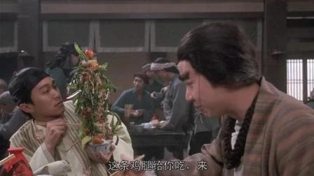 """男子堆菜的方式""""前无古人后无来者"""", 等着掉下来却又一直不掉"""