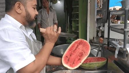 开挂的印度大叔: 做个西瓜汁还要啥机器, 除了卫生啥都有!