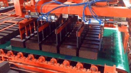印度制砖厂实拍, 全自动化流水线, 不黑不吹你觉得怎么样?